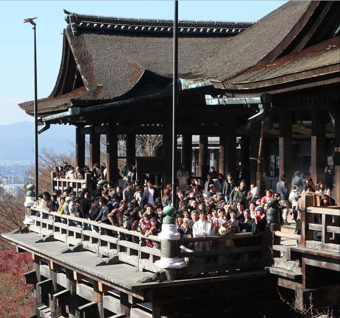 憧れの京都で和の花嫁姿を叶えたい!<br>老舗衣裳店が教える人気の社寺