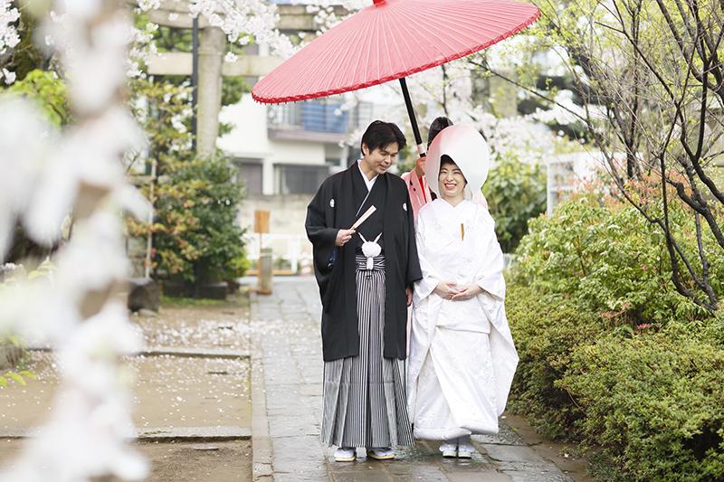 実例で見る<br>和装のプロと叶えた、大人の美しい神社婚